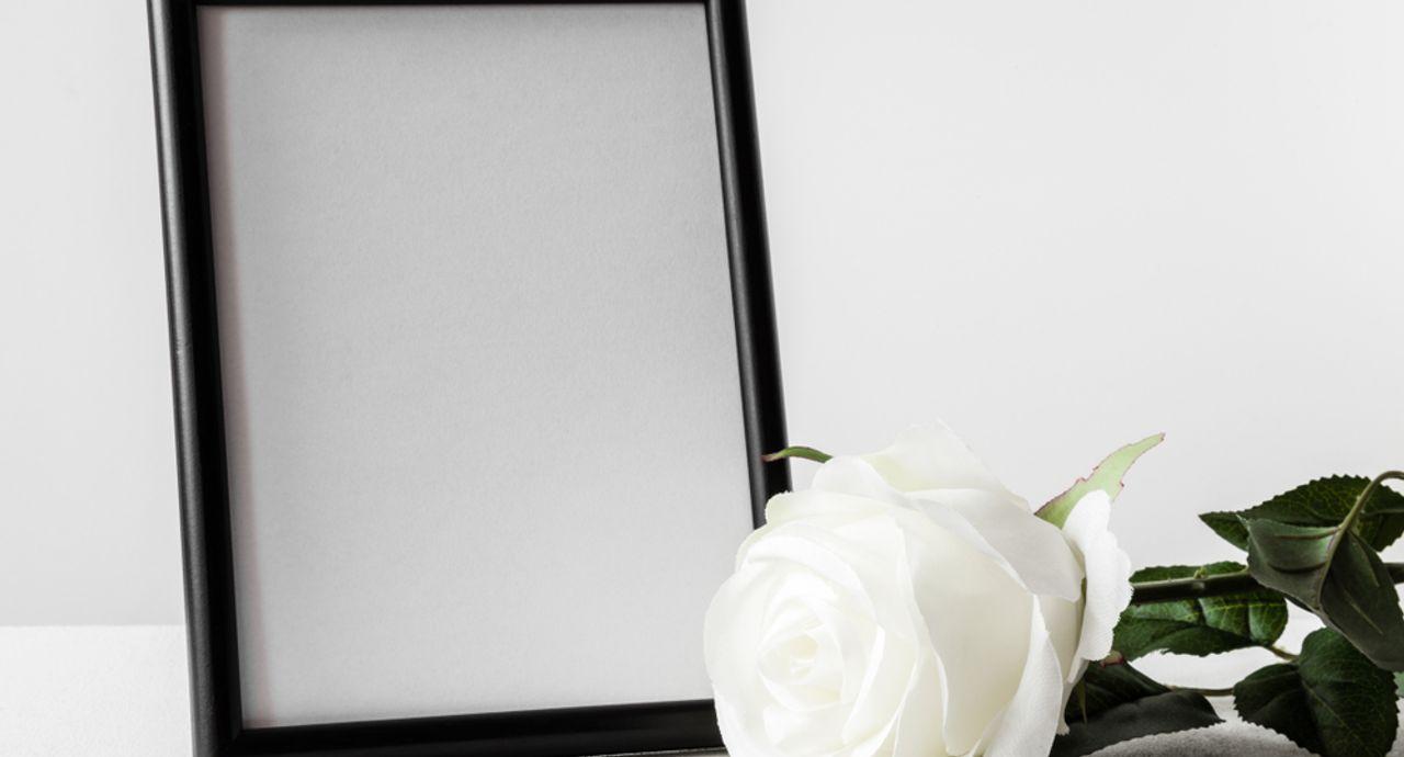 喪中の年賀状ってどうするべき?喪中はがきを出す範囲や文例もご紹介