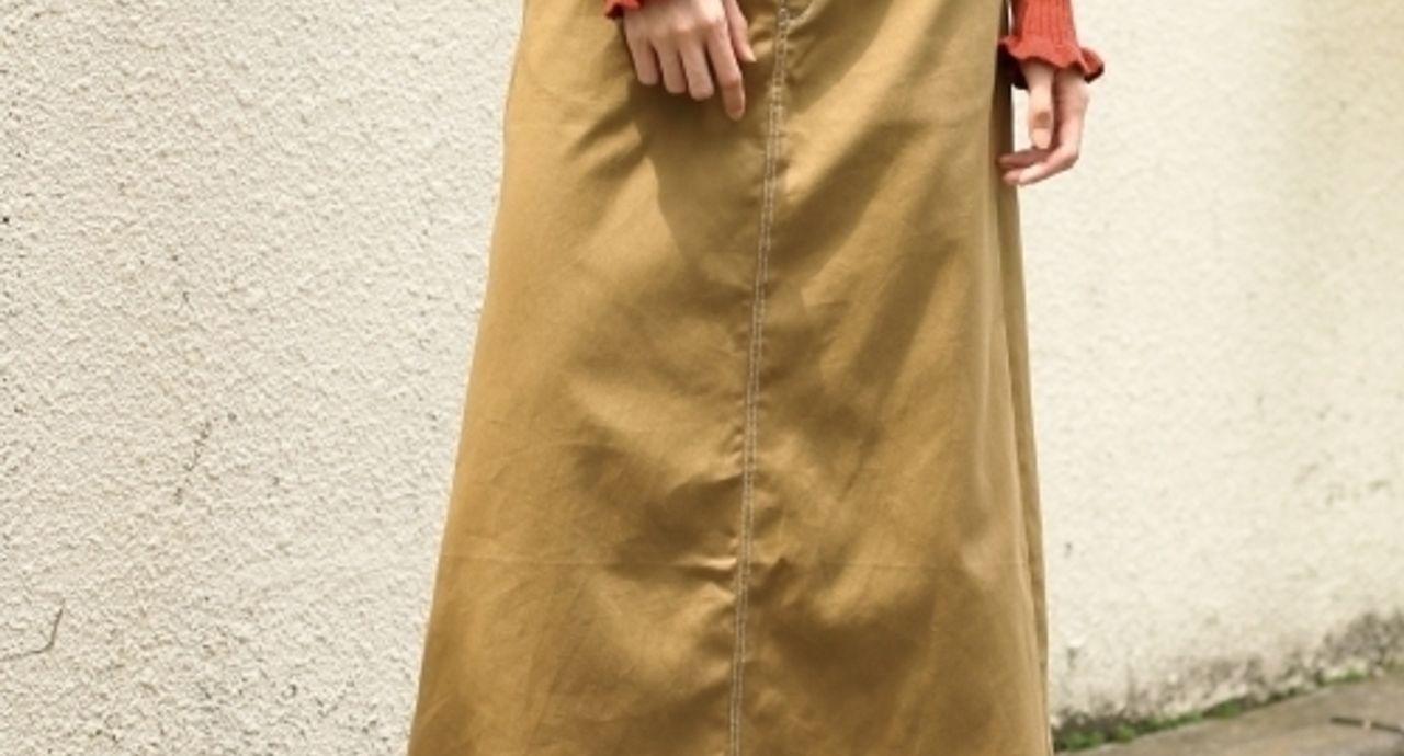 チノタイトスカートで大人カジュアルに決める!季節別のコーデ術