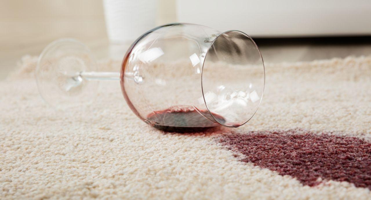 ワインの染み抜き方法。諦める前に試したい6つの簡単染み抜き