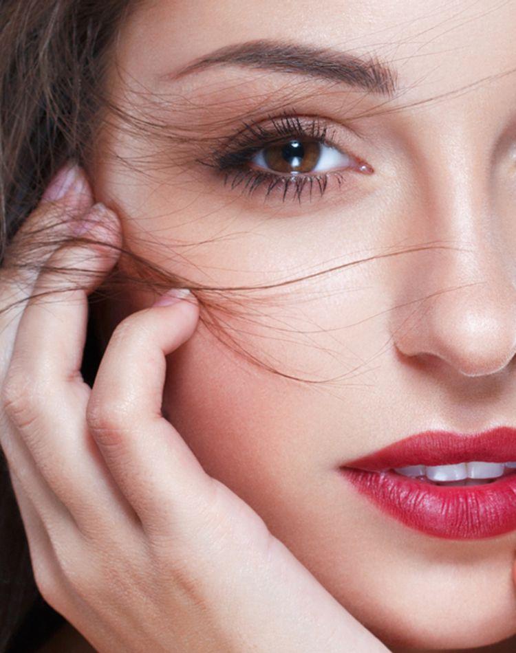 眉毛の種類は何がある?特徴や自分に似合う眉毛の描き方について