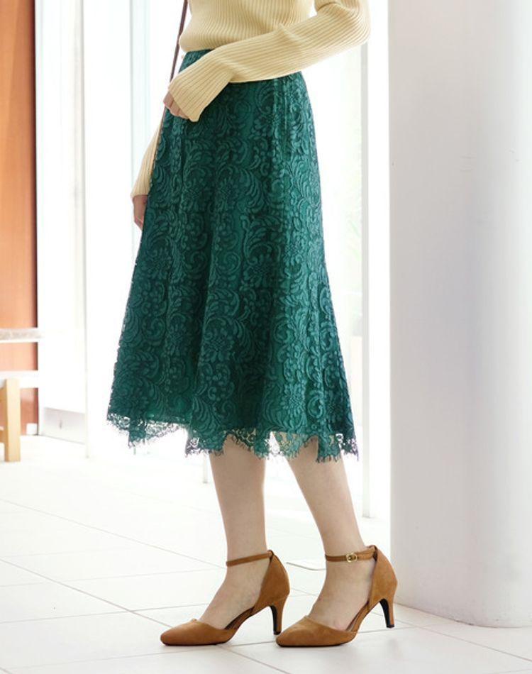 グリーンのレーススカートを使ったコーデ術!上品な着こなし特集
