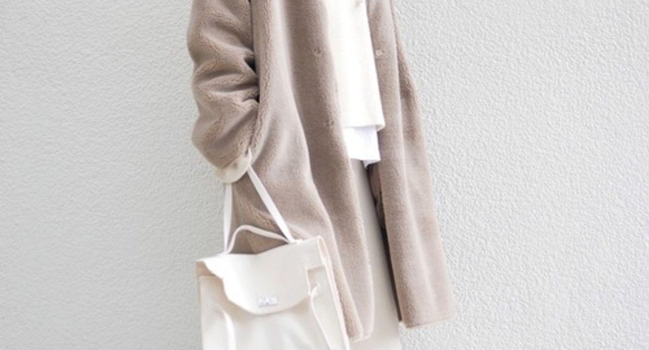 冬のパーカーコーデ9選!似合うアウターや大人の着こなし術をご紹介