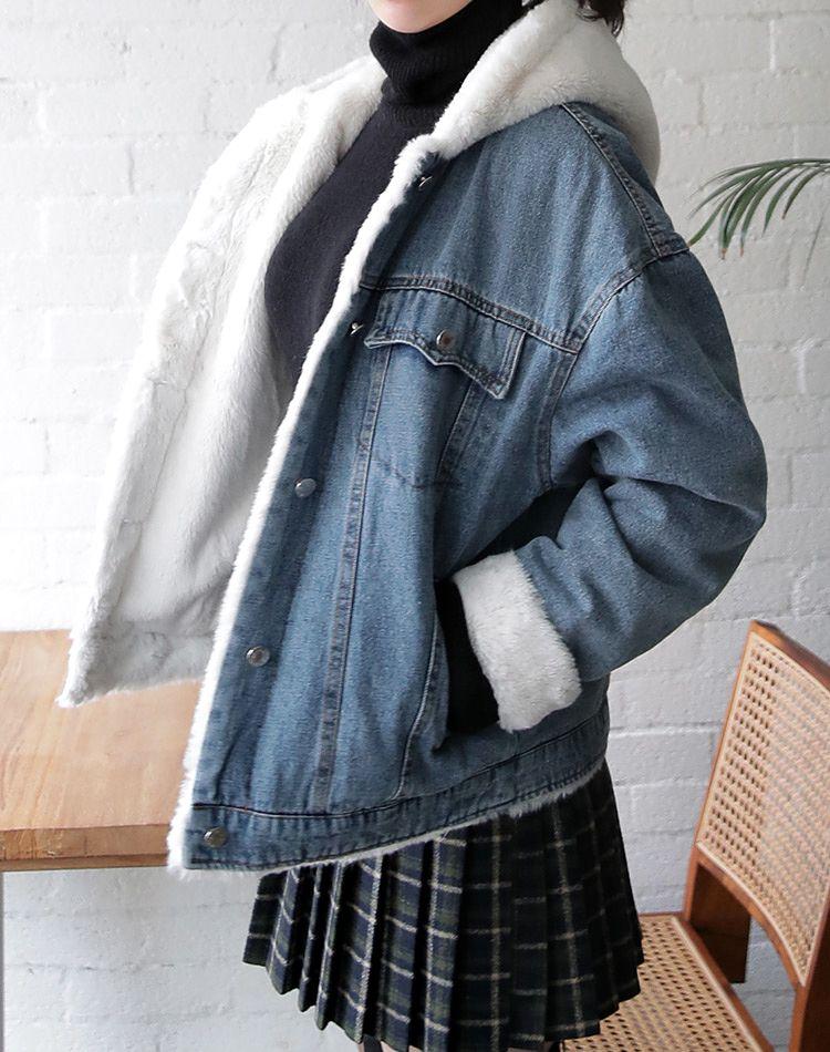 ボアデニムジャケットのコーデ集!旬の着こなしでおしゃれ度アップ