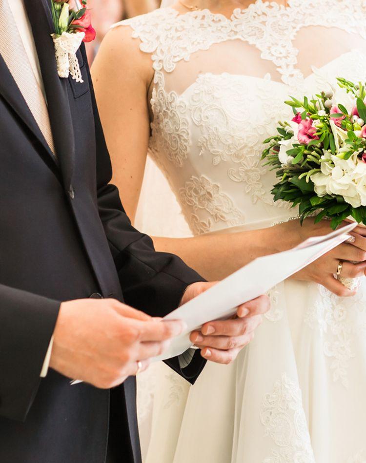 夫婦別姓のメリットとデメリットって?戸籍や手続きの方法とは