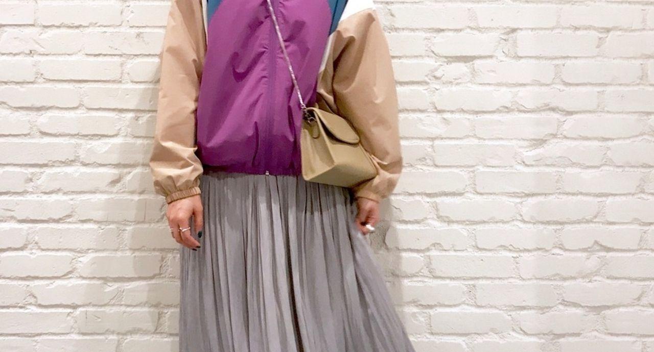 ナイロンジャケットはこんなに使える!【色別】大人可愛いコーデ