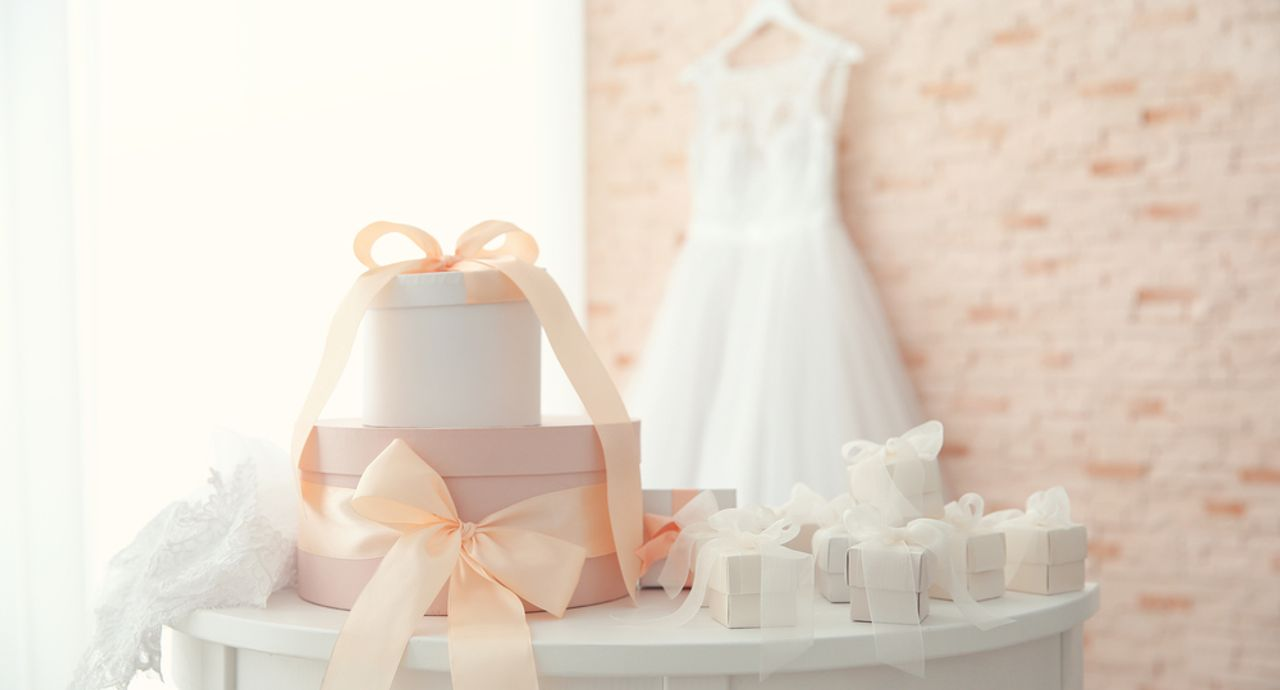 結婚祝いを部下に贈る場合の相場は?金額の目安やプレゼントをご紹介