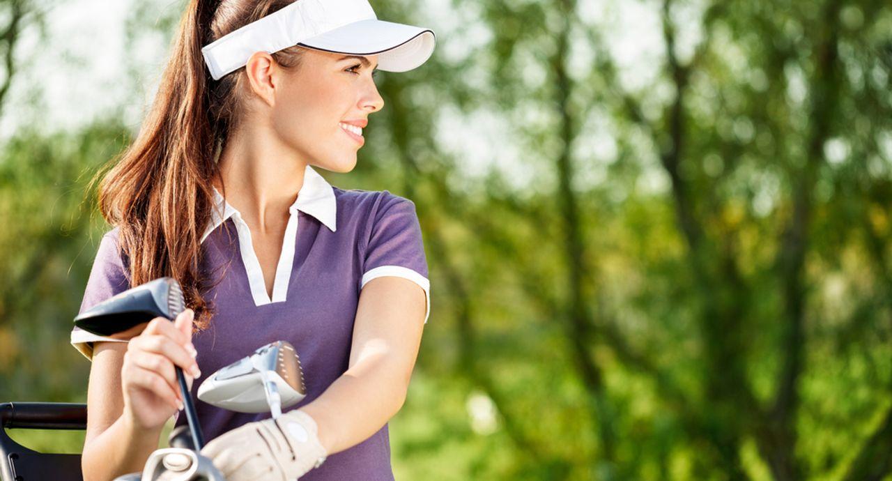 ゴルフの基本のマナーをレクチャー!服装やグリーン上の振る舞いとは