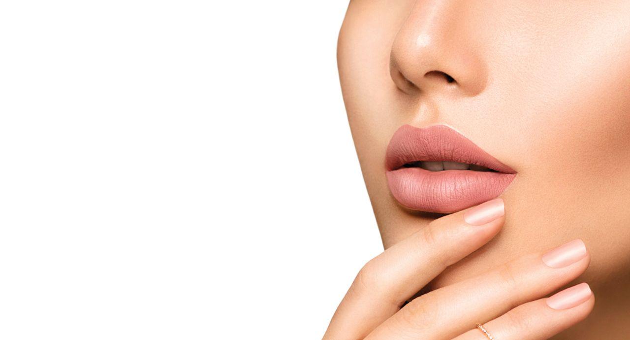 唇の黒ずみの原因は?対策法やメイクでカバーする方法を伝授