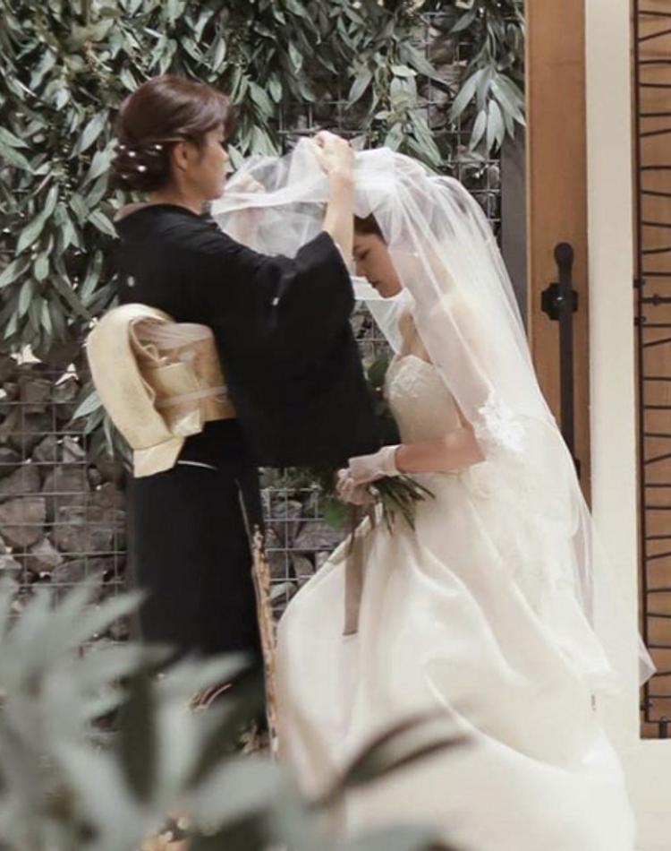 結婚式の母親の服装を徹底解説!マナーや注意点も一緒にチェック
