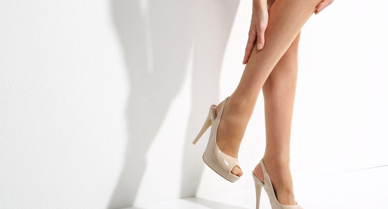 おすすめのストッキング7選。素足よりも綺麗に見える色の選び方は?