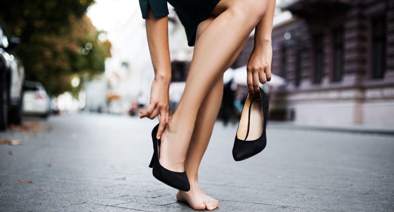 おしゃれで歩きやすいパンプスブランド6選!選び方やNG例も