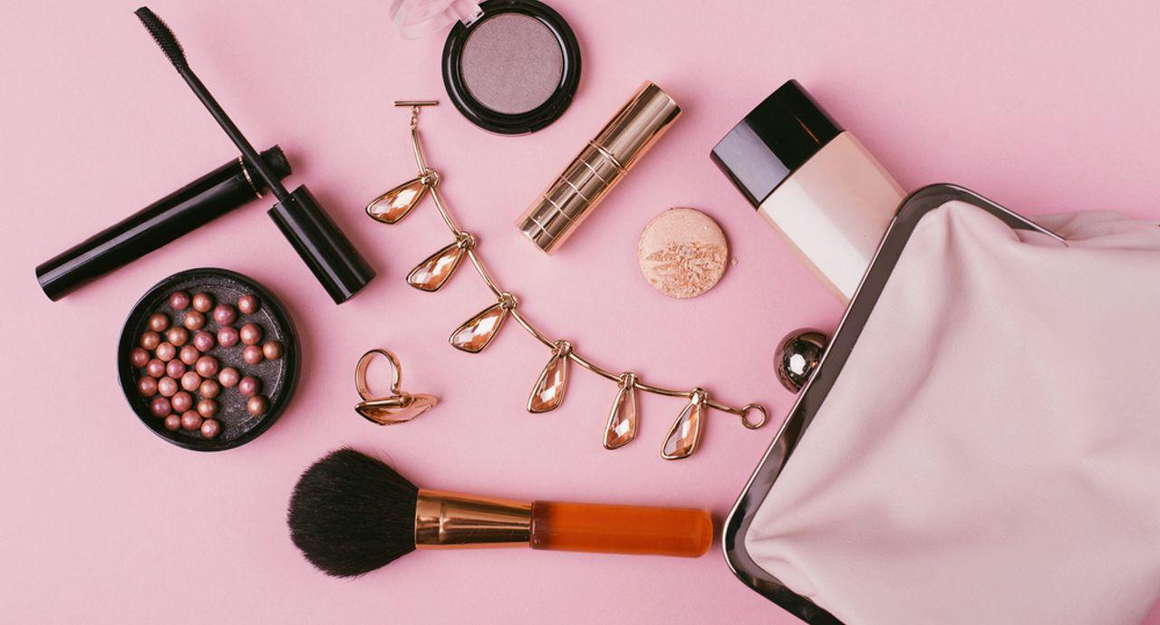 ピンクの下地の特徴は?肌色別の選び方やおすすめ商品をご紹介
