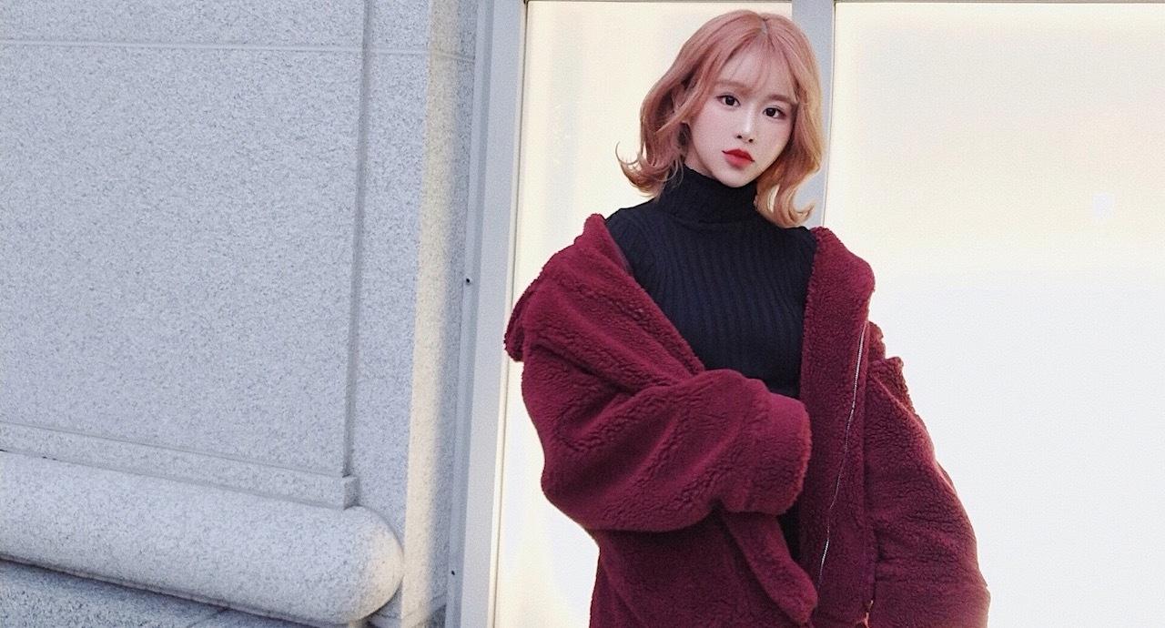 冬の韓国ファッション3選と、RIONのツヤ肌メイクの秘訣とは?
