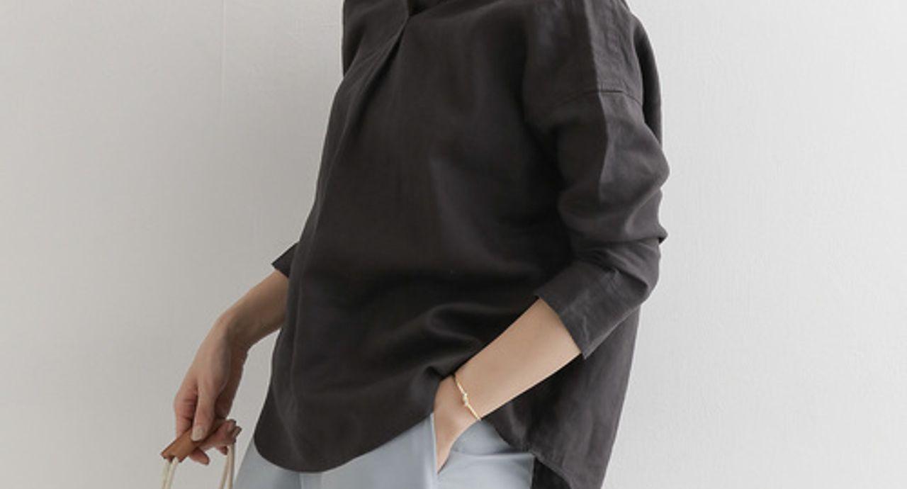 黒はくすんだスミクロがおしゃれ!相性の良い色やおすすめコーデ