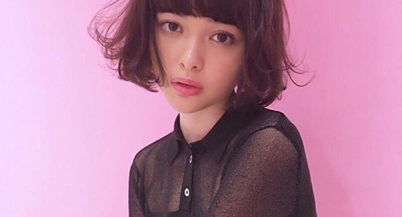 玉城ティナさんの私服コーデ9選!おしゃれなファッションを学ぼう