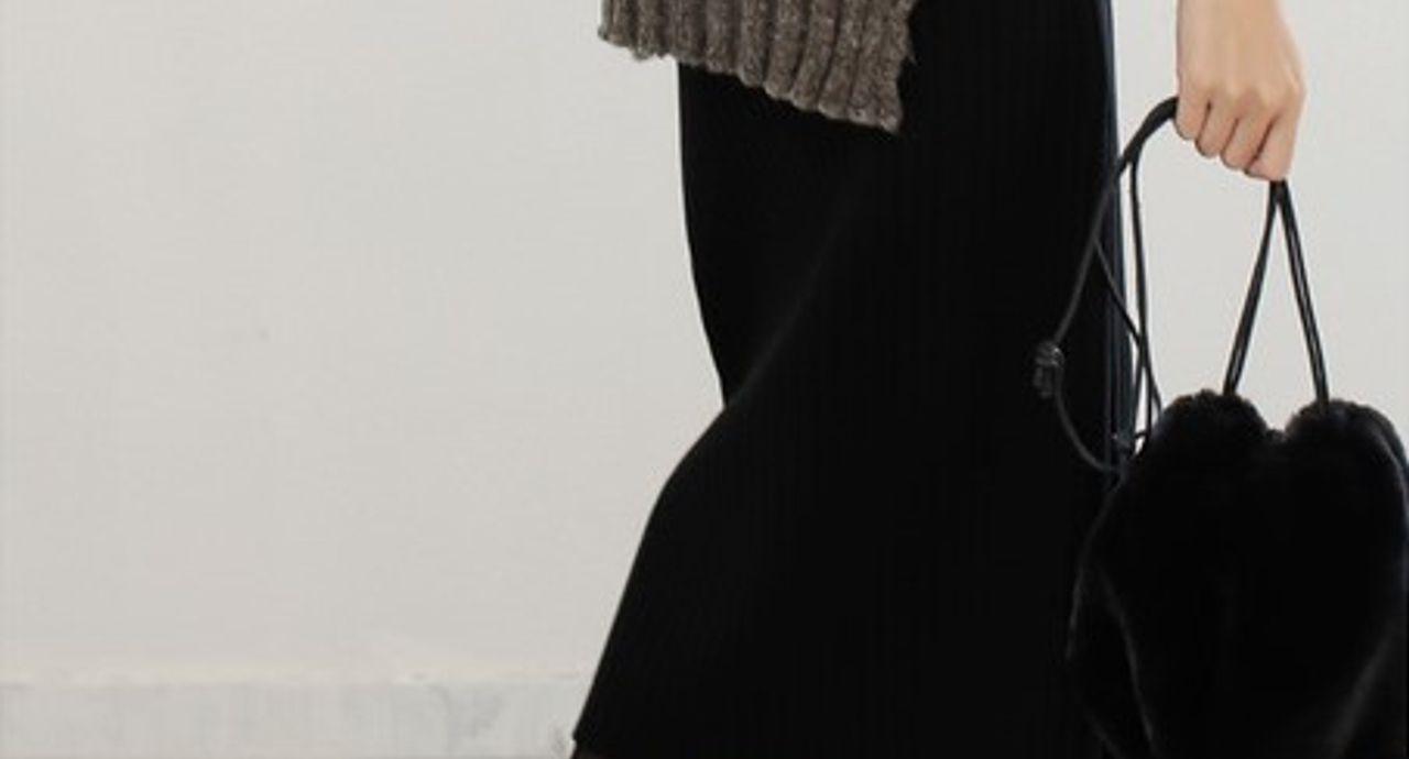 黒ニットスカートの季節別コーデ!夏もOK?おすすめの着こなし9選