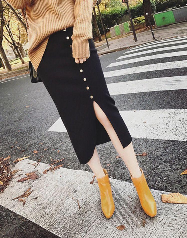 女性らしいスリットスカート!おすすめブランドやコーディネートをご紹介