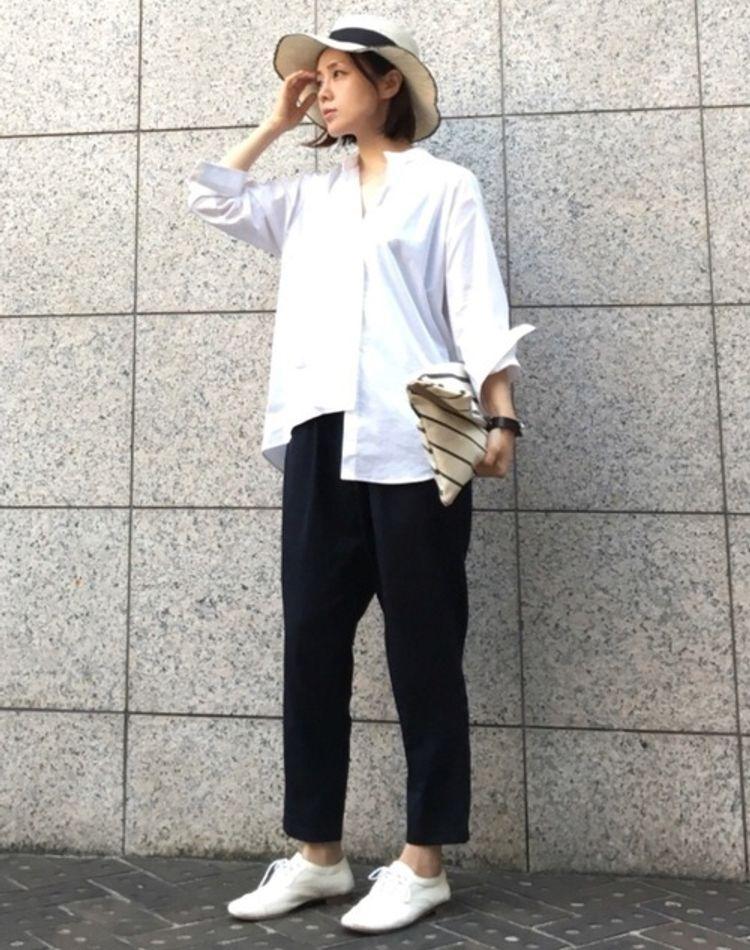 サルエルパンツのコーデ術。きれいめに着こなすのが大人流