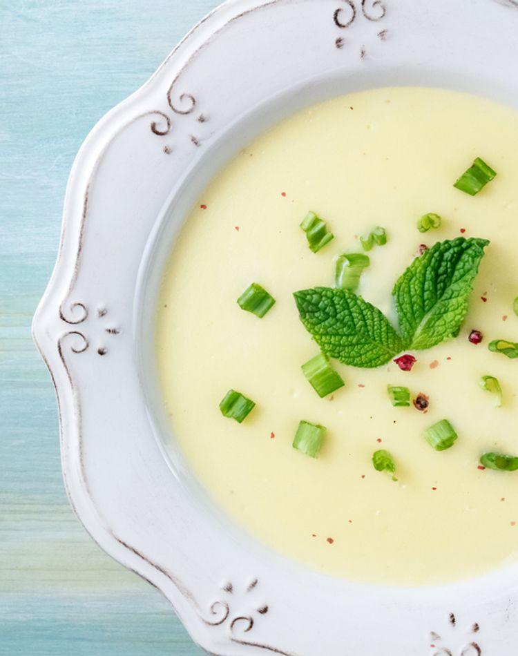 スープのマナーをご紹介!スプーンの使い方や食べ終わりのサインとは