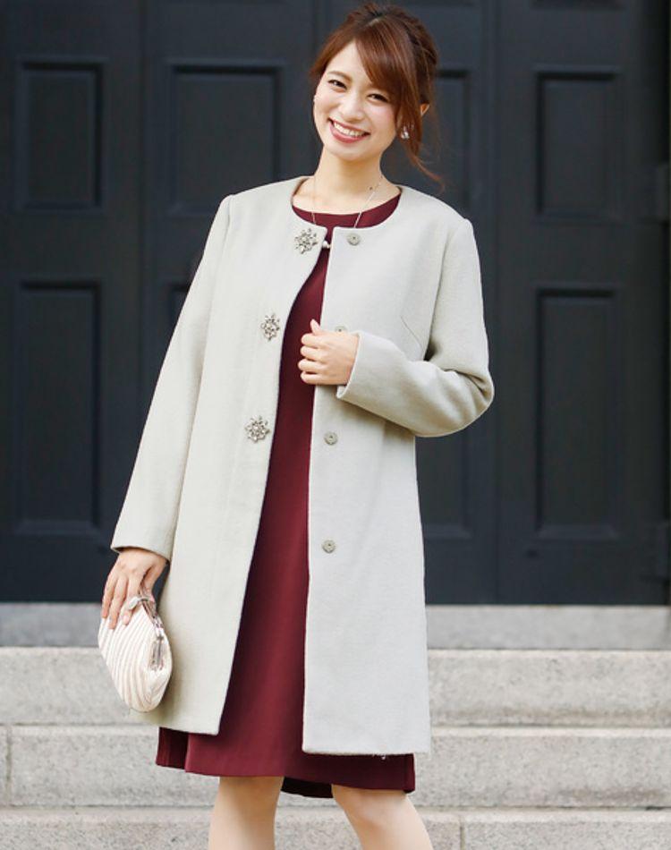 冬の結婚式で着るコートのおすすめ!NGコートのデザインや扱い方も