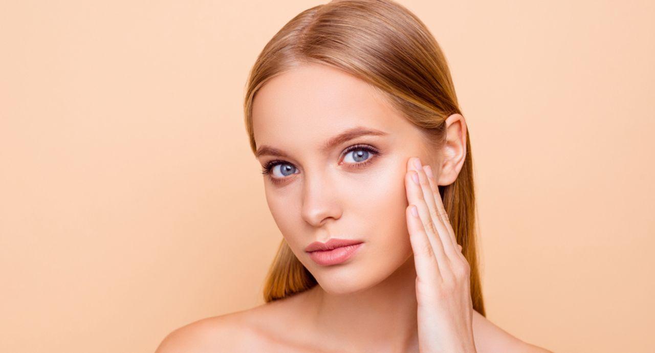 乾燥肌におすすめの基礎化粧品15選|スキンケアの方法もご紹介
