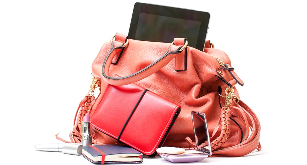 ノートPCやA4サイズの書類がすっきり入る!エディターおすすめのおしゃれワーキングバッグ!
