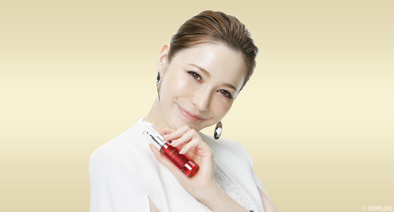 再生医療センターと 藤井リナが共同開発した 「LENA Enrich Serum」が誕生。