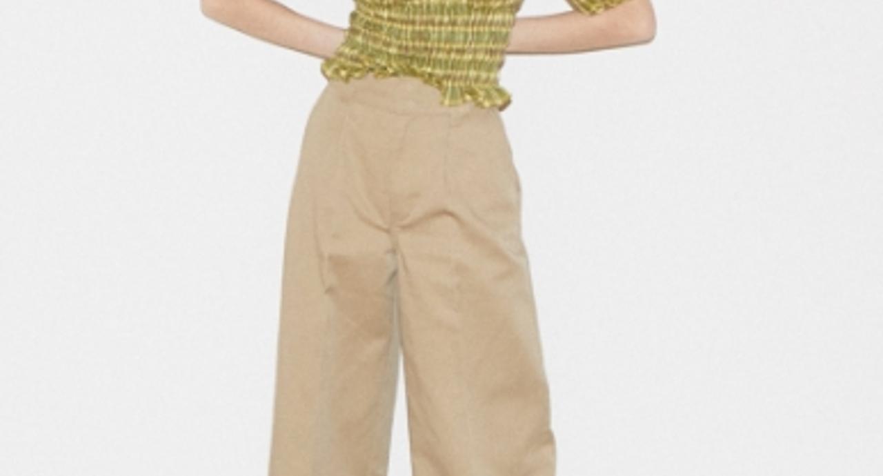 脱カジュアル!大人女性の為のカーキパンツの着こなし術