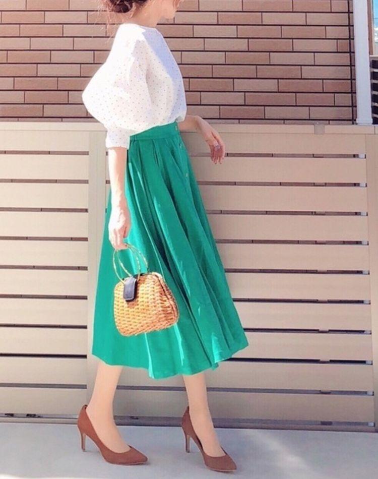 緑に合う色をご紹介!カジュアルからキレイめまで幅広い着こなし集