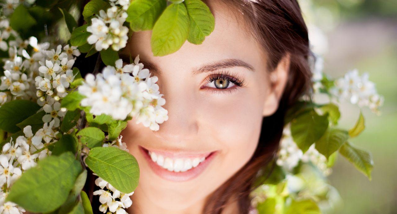 表情トレーニングで笑顔美人に!トレーニングの効果や方法をご紹介