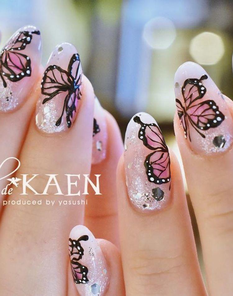 バタフライネイルがエレガント!蝶の描き方やデザインをご紹介