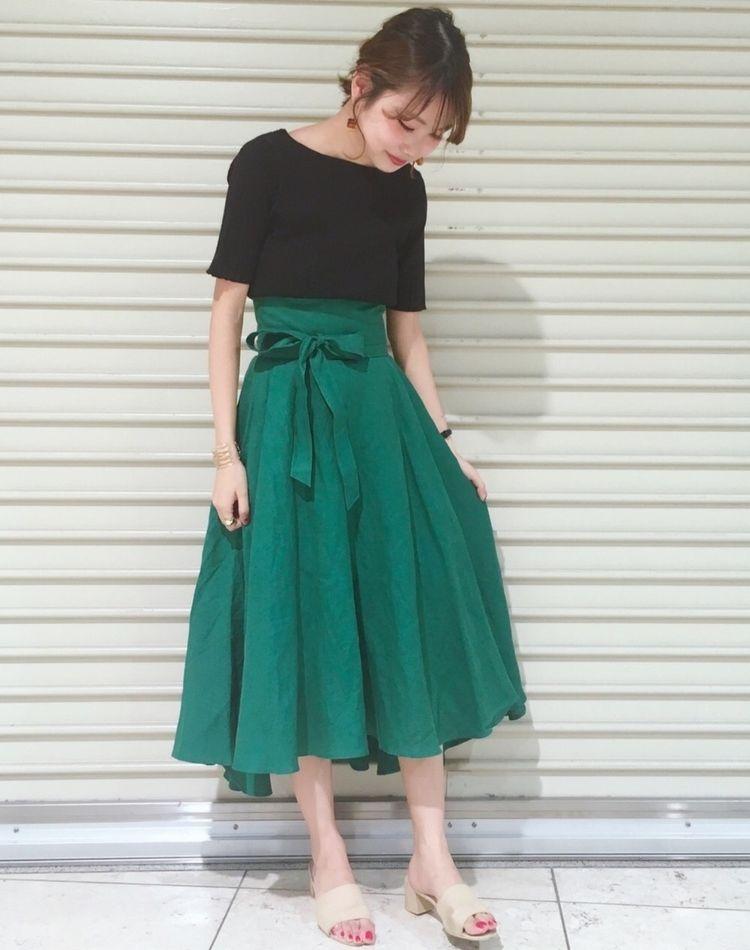 2017秋トレンドカラー、深緑が今の気分とマッチ