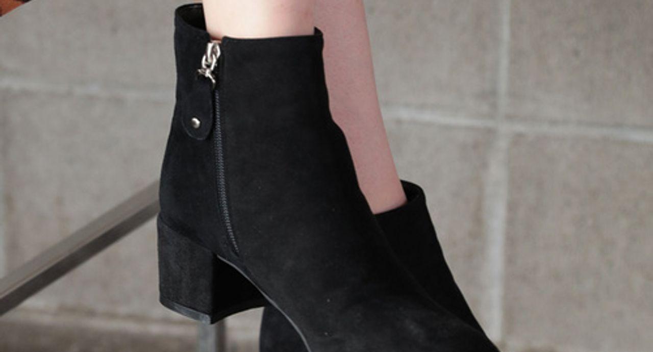 流行りのブーツでトレンドコーデへ!種類と着こなしをご紹介