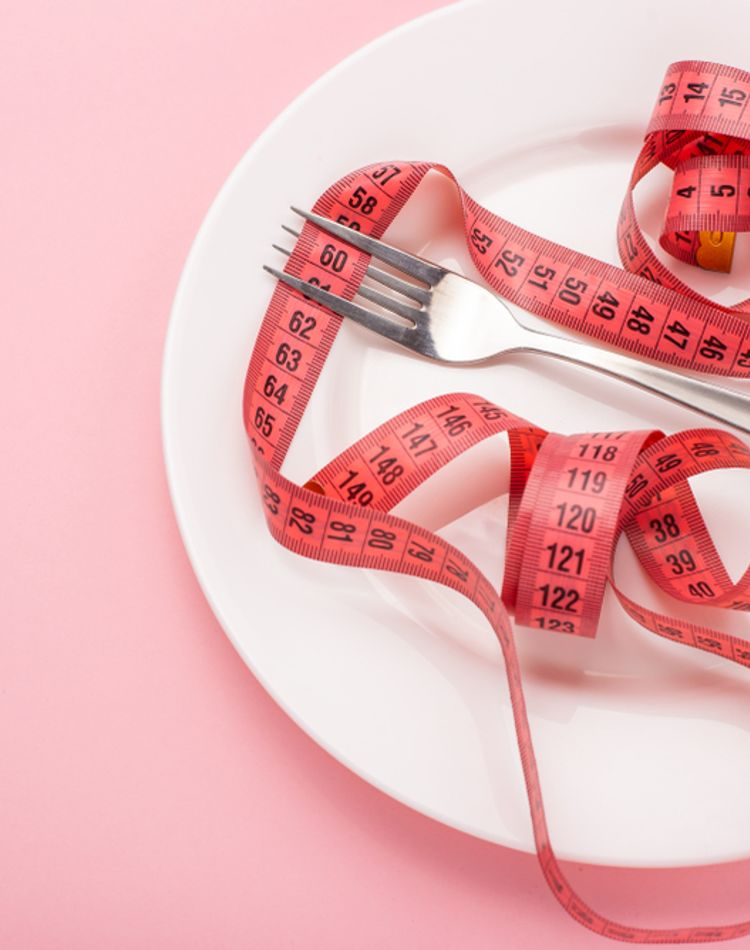 アラフォーのダイエット成功のコツは?ダイエット法やアプリもご紹介