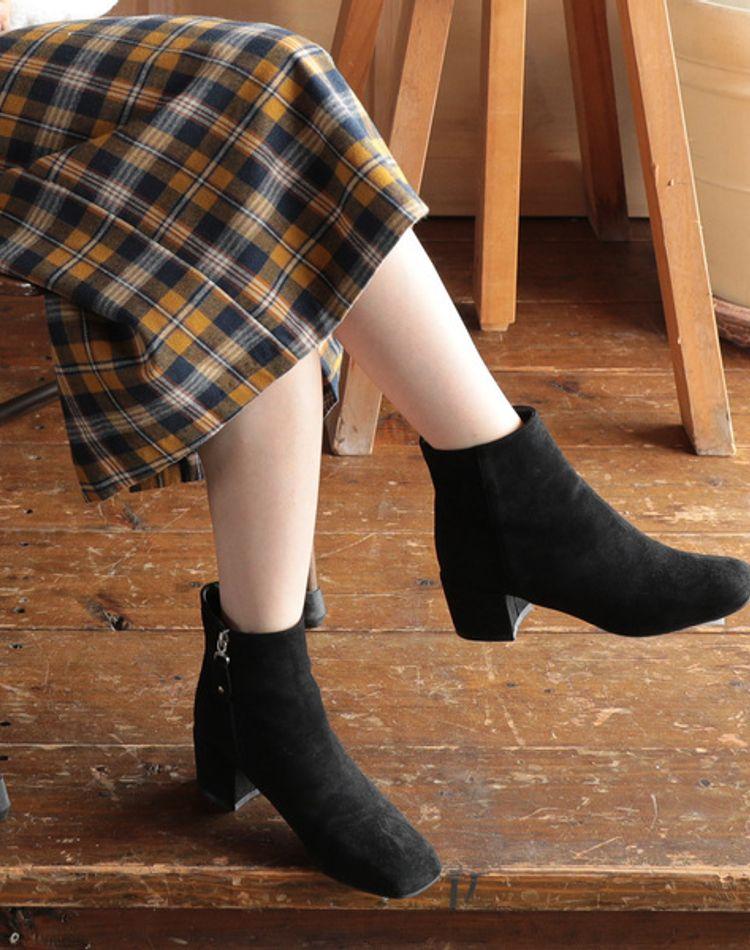 冬コーデの決め手はブーツ!種類やタイツ、靴下との合わせ方をご紹介