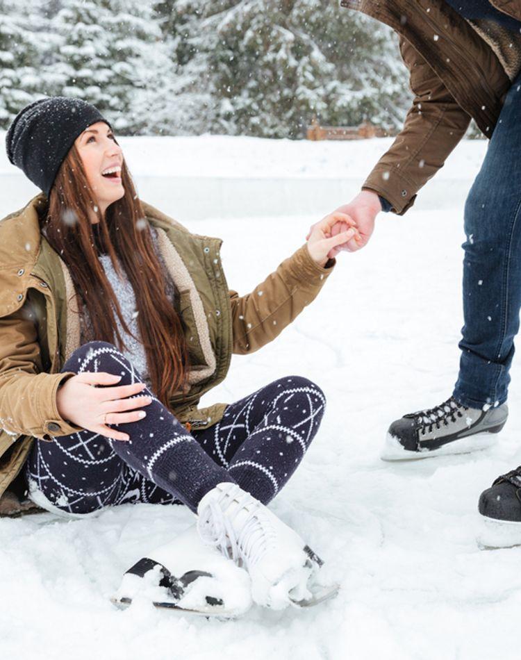 アイススケートにおすすめの服装をご紹介!季節別コーデや持ち物も