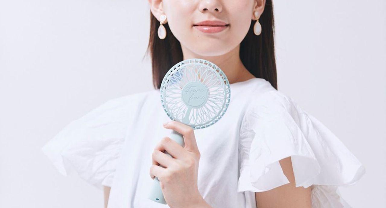 手持ち扇風機の魅力は?正しい使い方やおすすめハンディ扇風機