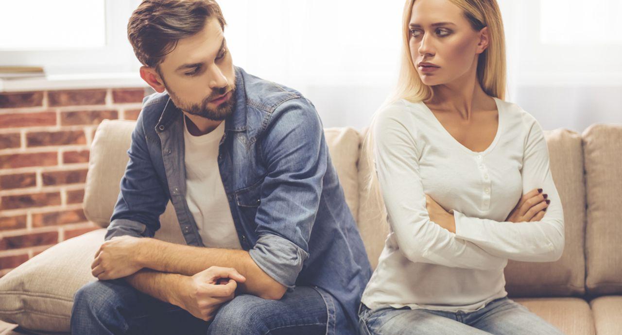 彼氏が嫉妬深い!付き合う前にわかる嫉妬深い男性の特徴や付き合い方