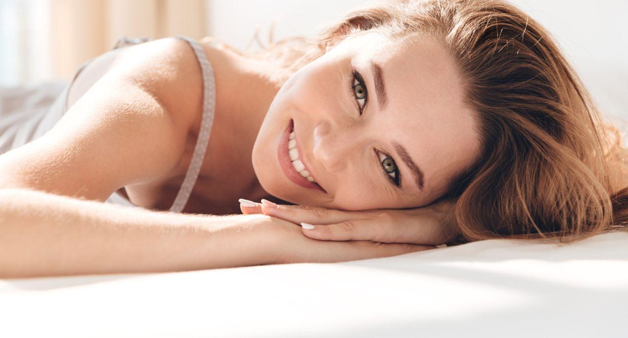 魅力が増す笑顔の作り方とは?好印象を与える8つのトレーニング法