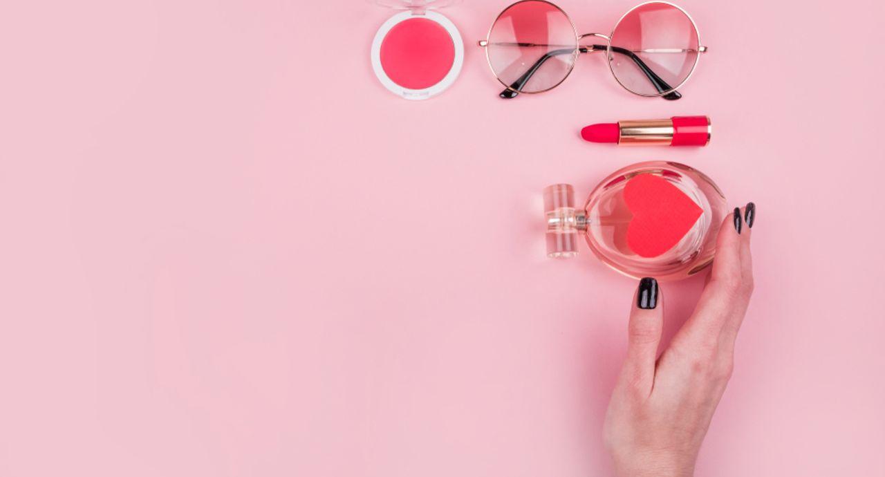 春の化粧直しはどうやる?乾燥や紫外線から守るメイク直し術