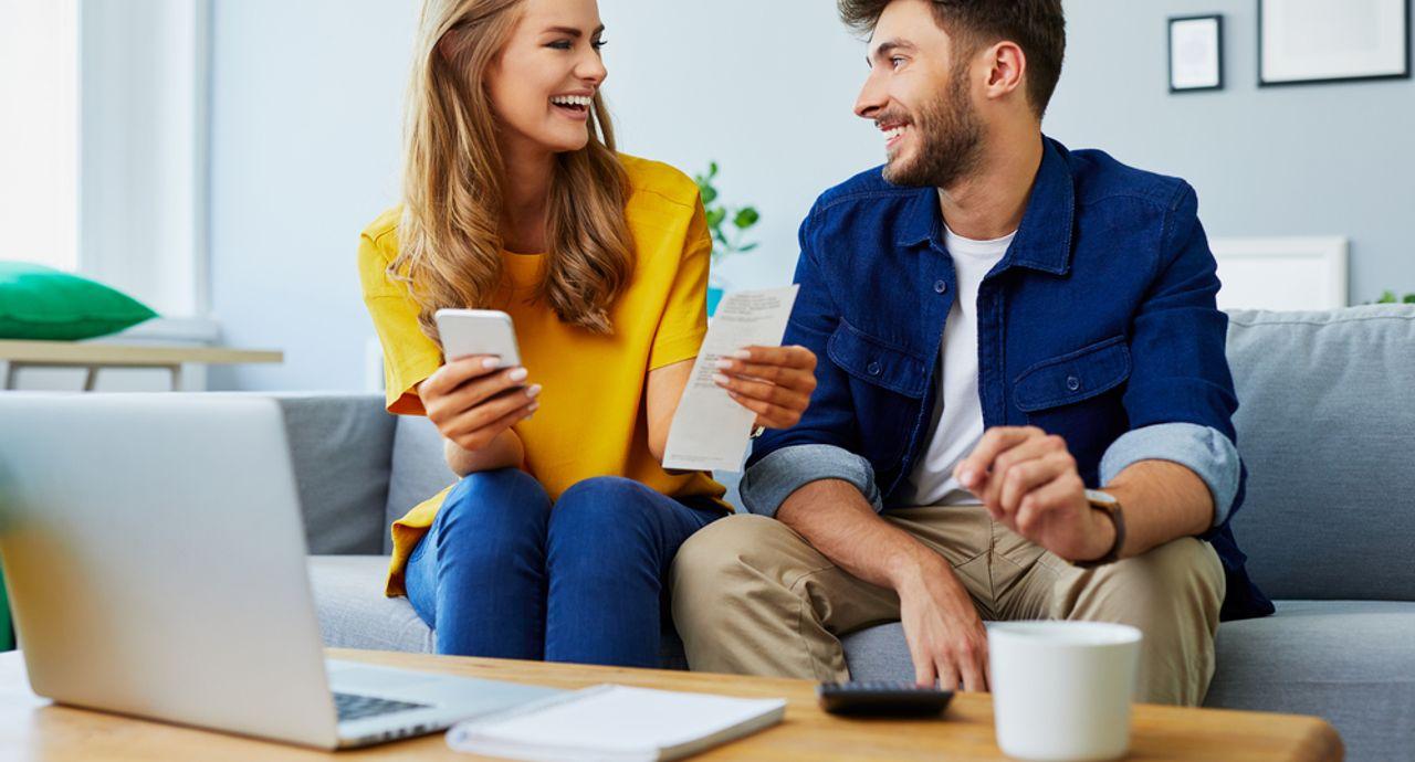 夫婦の生活費の内訳って?分担の割合や節約方法などをご紹介