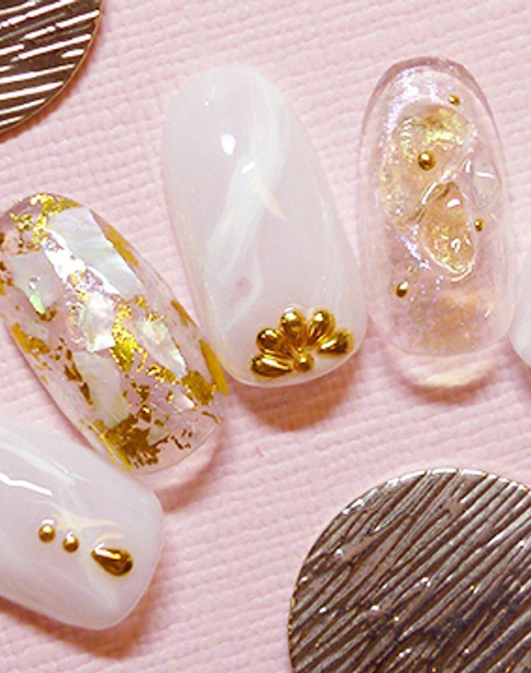 万人受けする乳白色ネイル10選。上品な透明感で愛される指先へ