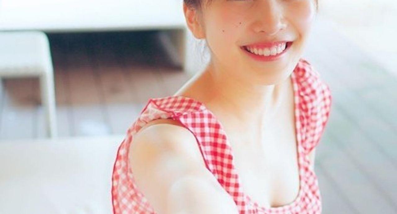 佐野ひなこさんの私服をご紹介!真似したいおしゃれコーデ9選