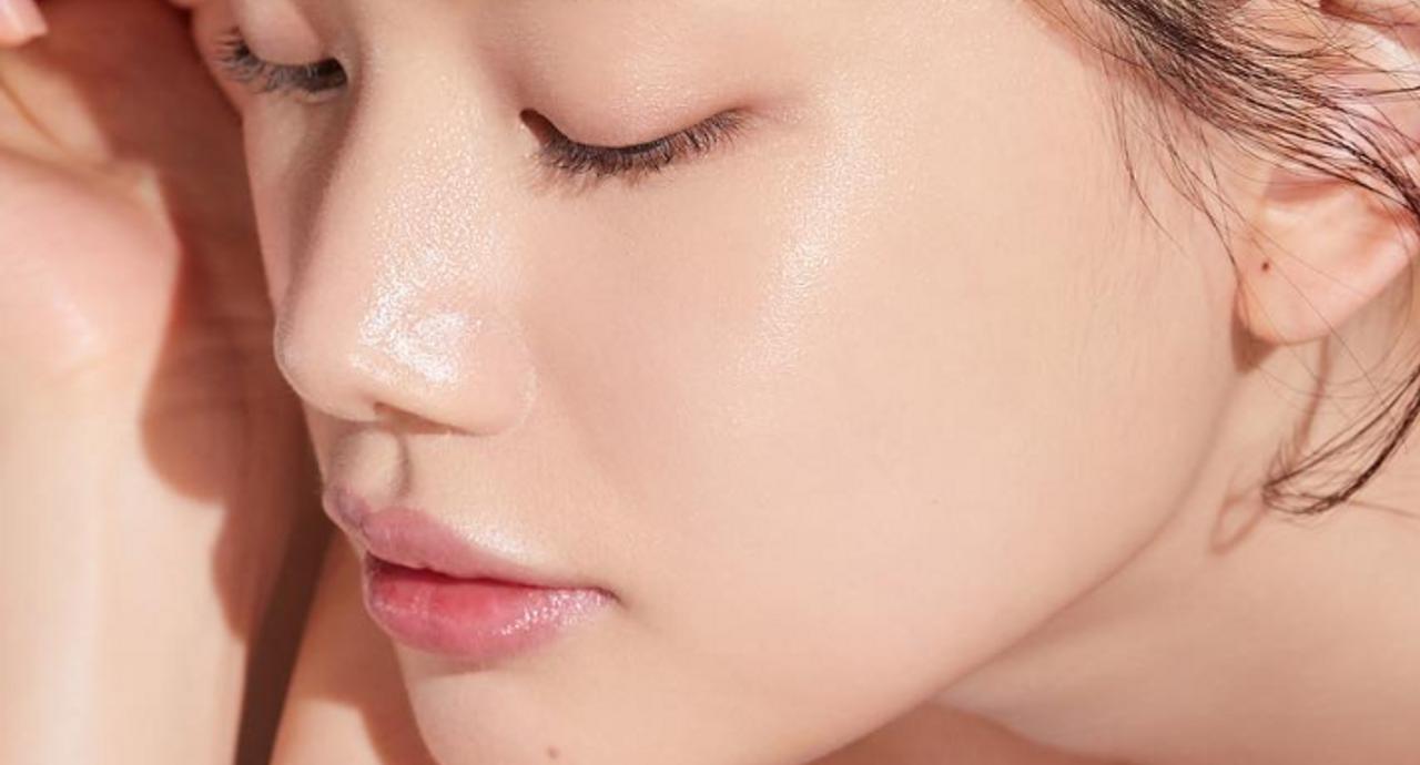 毛穴に角栓ができる原因とは?おすすめの洗顔やスキンケア方法