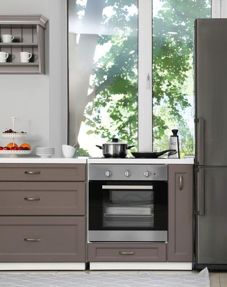 引っ越し前は冷蔵庫の準備が必要!水抜きや霜取り、掃除方法をご紹介