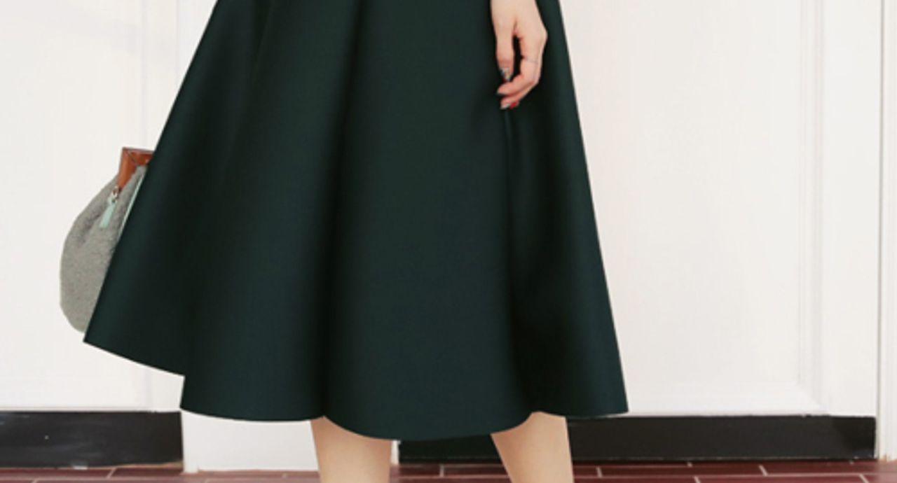 サーキュラースカートが話題って知ってた?特徴や季節別コーデを紹介