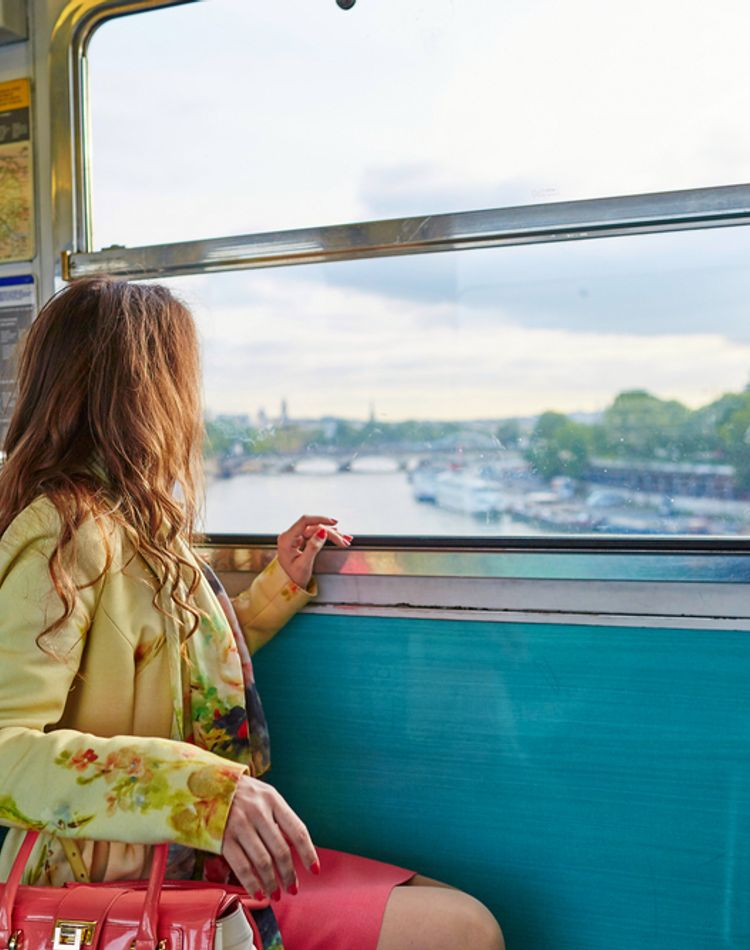 電車内でできる筋トレは?通勤時間を賢く利用してダイエットに
