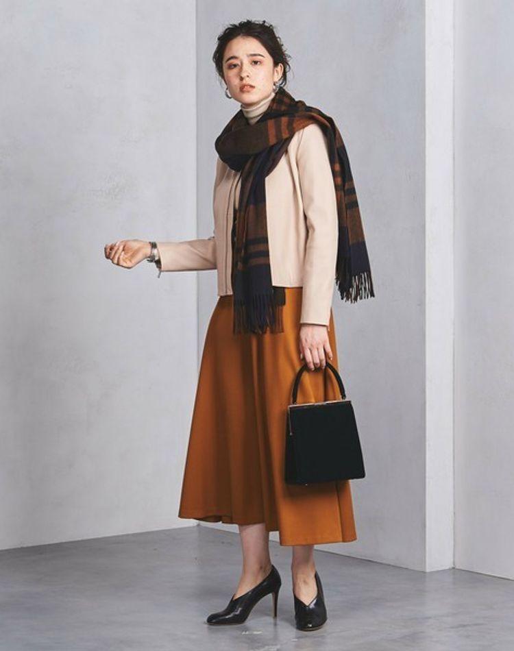 大人の女性の魅力が漂う!アラフォーが着るべきファッション特集
