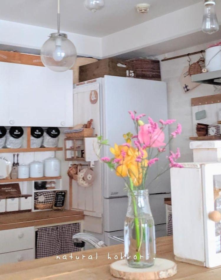 お皿の収納アイディアをご紹介!食器棚を使わない収納方法もチェック