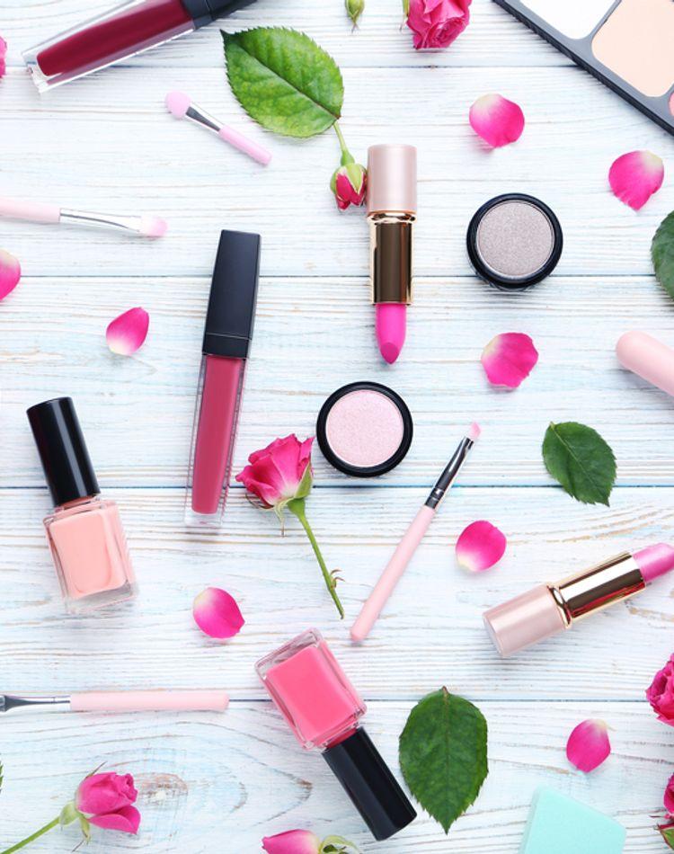 化粧品をおしゃれに収納!収納アイデアやDIY方法をご紹介